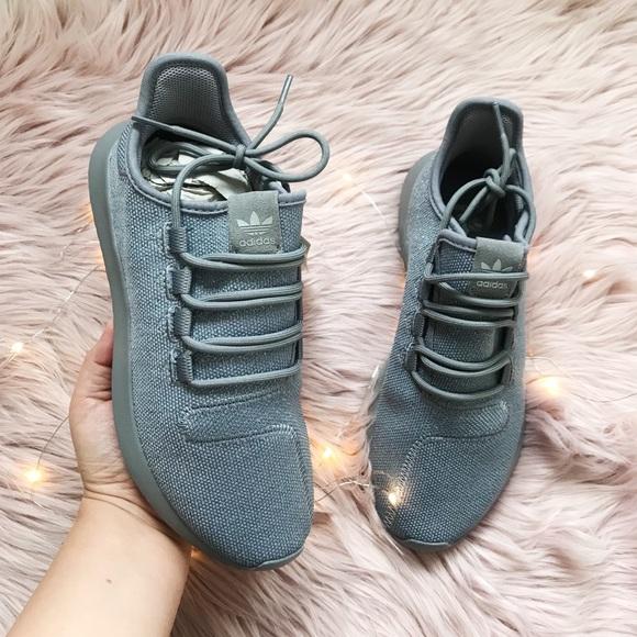 official photos 848e0 8d490 Adidas tubular shadow grey silver metallic
